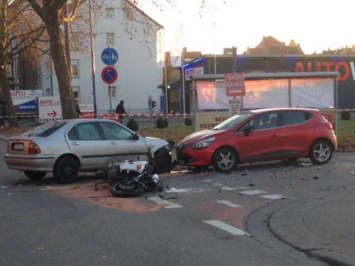 Der Motorradfahrer erlitt tödliche Verletzungen (Foto: Polizei)