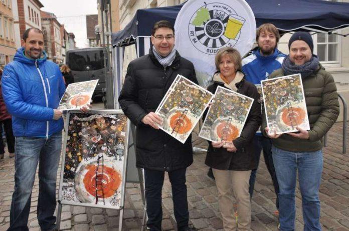 Oberbürgermeister Thomas Hirsch ließ es sich als Schirmherr nicht nehmen, dem Verkaufsstand der Round Tabler am letzten Tag einen Besuch abzustatten und sich persönlich bei den ehrenamtlichen Helferinnen und Helfern und Sponsoren zu bedanken. (Foto: Stadt Landau in der Pfalz)