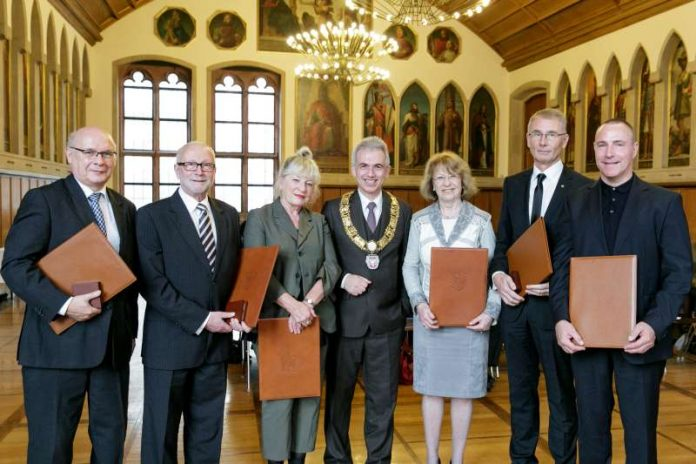 OB Peter Feldmann verabschiedet ehemalige Magistratsmitglieder (Foto: Stefanie Kösling)
