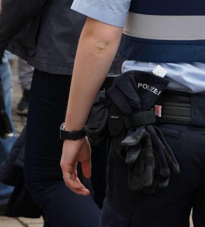 SSymbolbild, Polizei, Polizeistreife © Holger Knecht