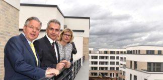 OB Peter Feldmann mit Constantin Westphal und Monika Fontaine-Kretschmer an der Riedbergwelle (Foto: Rainer Rüffer)