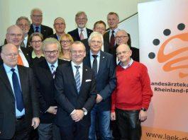 Der neu gewählte Vorstand der Landesärztekammer Rheinland-Pfalz ist bereit für die kommende Amtszeit. (Foto: LÄK RLP/Engelmohr)