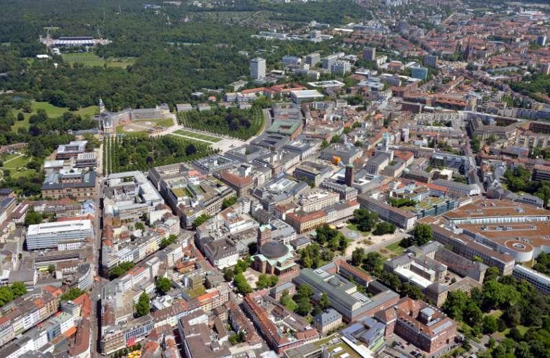 Luftbild von Karlsruhe (Foto: Uli Deck)