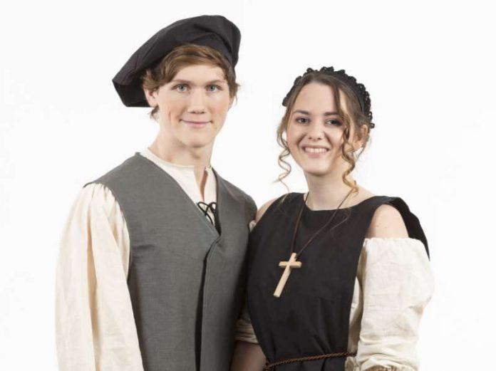 Benjamin Link als Luther und Melanie Schlüter als Katharina von Bora (Foto: view / lk)
