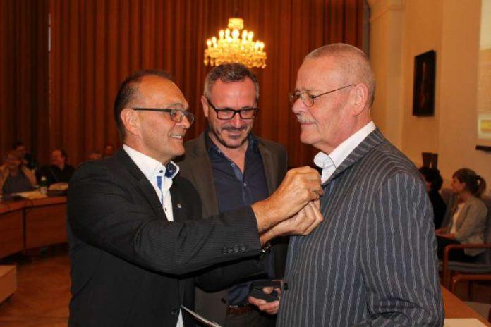 v.l.: Landrat Dr. Fritz Brechtel, Bürgermeister von Germersheim Marcus Schaile, Uwe Felsmann (Foto: Kreisverwaltung GER)
