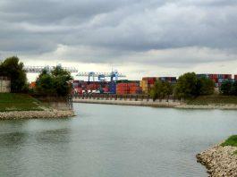 Blick auf den Luitpoldhafen (Foto: Holger Knecht)