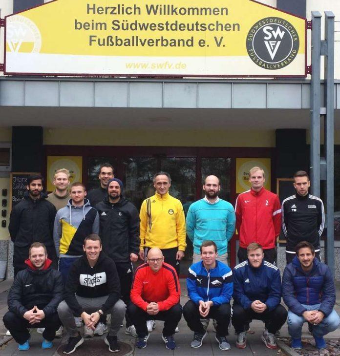 Die Teilnehmer haben ihre Trainer-B-Lizenz-Prüfung erfolgreich abgelegt (Foto: SWFV)