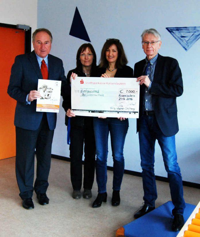 Fritz-Walter-Stiftung spendet