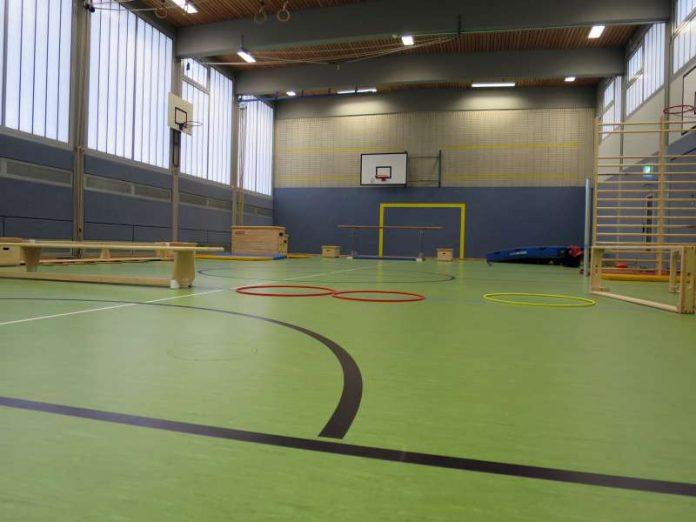 Die Turnhalle nach der Renovierung (Foto: Stadtverwaltung Neustadt)