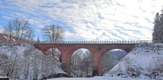Viadukt im Winter (Foto: Überwaldbahn gGmbH)