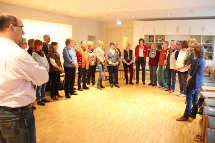 """Das Seminar """"Einführung in den Fairen Handel"""" für zukünftige Mitglieder des Weltladen-Teams war gut besucht.. (Foto: Umstädter Weltladen)"""