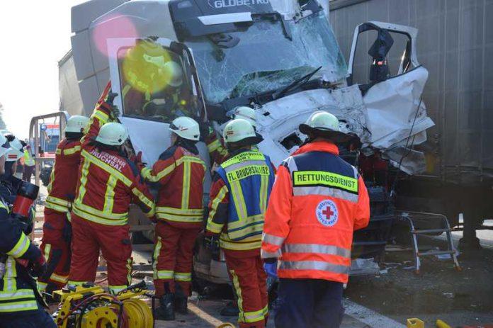 Die Rettungskräfte hatte alle Hände voll zu tun