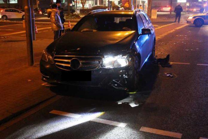Die Maudacher Strasse war wegen des Unfalls eine zeitlang gesperrt
