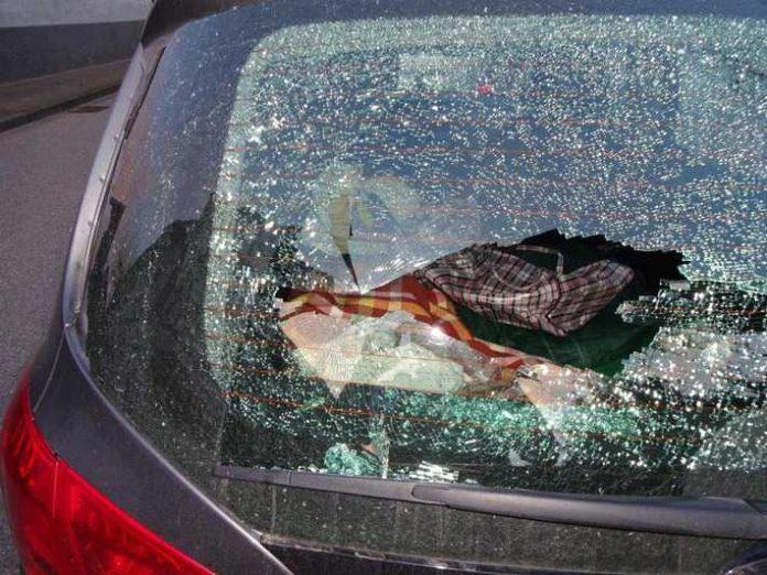 Aufnahme eines beschädigten Autos