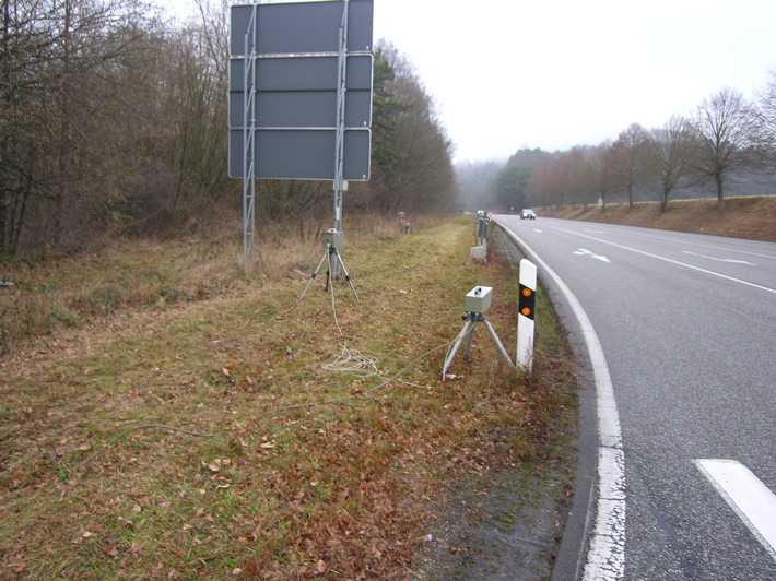 Radarkontrolle an der Geiselberger Kreuzung