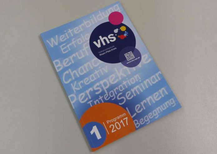 Programm für das 1. Halbjahr 2017 (Foto: Kreisverwaltung RPK)