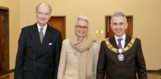 OB Peter Feldmann mit Hans-Jürgen Hellwig und Gattin (Foto: Stefanie Kösling)