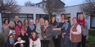 Abschluss-Gruppenfoto der Teilnehmerinnen und Fachkräfte (Foto: Kreisverwaltung)