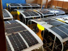 Solardraisinen warten auf den Saisonstart am 1. April. (Foto: Überwaldbahn gGmbH)