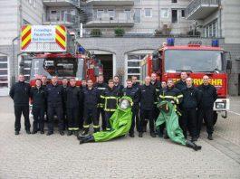 Teilnehmer des CSA (Chemikalienschutzanzug)-Trägerlehrgang sin Bad Kreuznach (Foto: Feuerwehr)