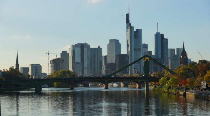Skyline von Frankfurt am Main (Foto: Holger Knecht)