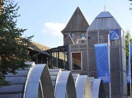 Außenansicht des Nibelungenmuseums (Foto: Stefan Blume)