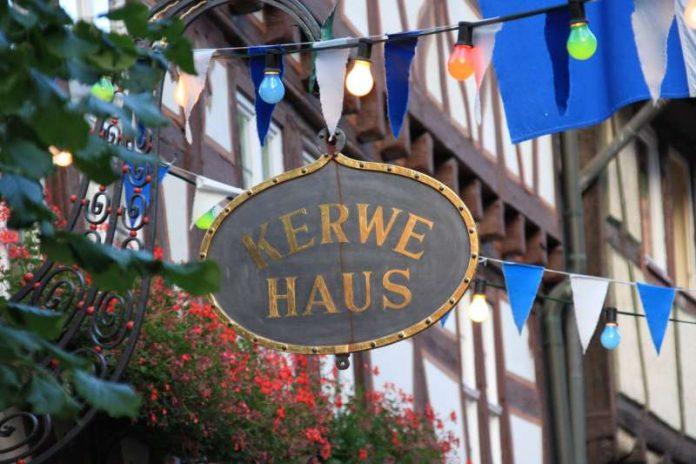 Kerwehaus-Schild (Foto: Stadtverwaltung)