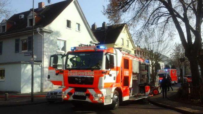 Küchenbrand - Einsatz für die Feuerwehr Frankfurt
