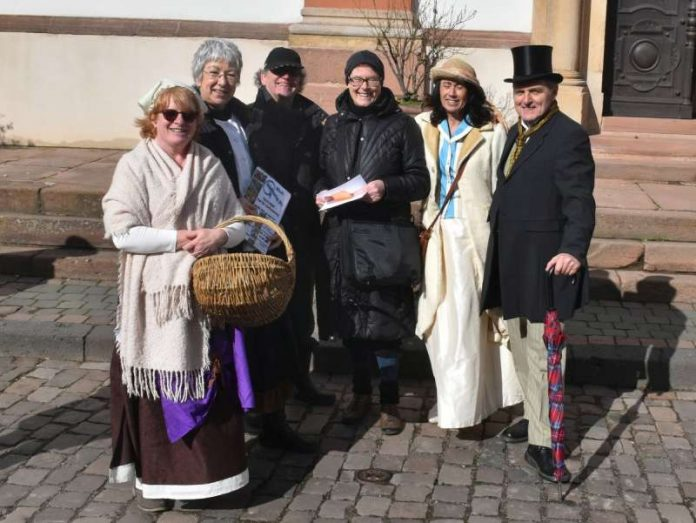 Pfarrerin Judith Geib; Gästeführer/-innen:Jutta Grünenwald, Gert Hörner, Elke Bechtold, Martina Roth und Hans Waizenegger (Foto: Jutta Waizenegger)