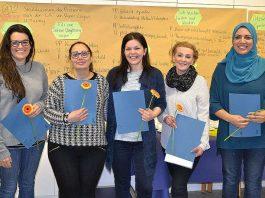 Fünf der acht ausländischen Fachkräfte, die erfolgreich ein Anerkennungs-praktikum an der UMM absolviert haben. (Foto: UMM)