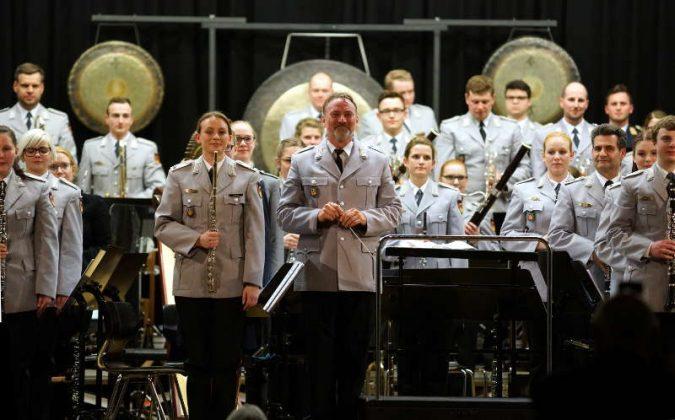 Das Ausbildungsmusikkorps der Bundeswehr (Foto: Holger Knecht)
