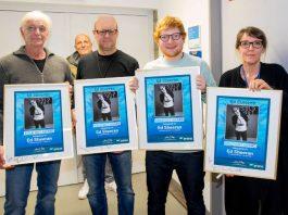 Von links nach rechts: Ulrich Fisseler (FKP Scorpio), Matthias Mantel (BB Promotion), Ed Sheeran, Melanie Gremm (SAP Arena). (Foto: SAP Arena)