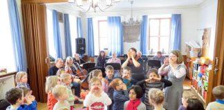 Die Haßlocher Kita Paulusheim war am gestrigen Donnerstag zu Gast. (Foto: Gemeindeverwaltung)