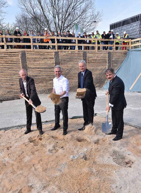 Haller, Architekt, OB Peter Feldmann, Frank Junker ABG, Peter Matteo, Groß und Partner (Foto: Rainer Rüffer)