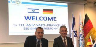 OB Peter Feldmann und OB Ron Huldai unterzeichnen Vertrag zur Städtepartnerschaft (Foto: Stadt Frankfurt/Tarkan Akman)