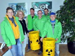 Greenpeace Übergabe Unterschriften