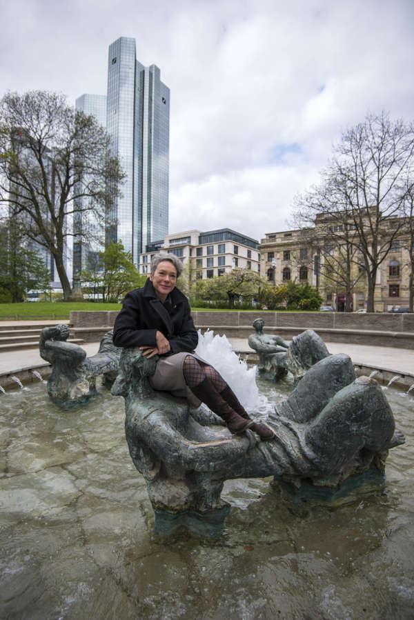 Kulturdezernentin Ina Hartwig bei der Eröffnung des Marshall-Brunnens (Foto: Heike Lyding)