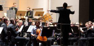 "Sebastian Hennemann am Cello bei ""Casanova"" (Foto: Holger Knecht)"
