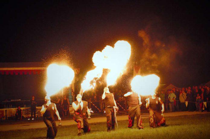 Keltisches Leuchten auf dem Donnersberg am 21. und 22. April (Foto: Donnersberg-Touristik-Verband)
