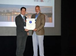 Übergabe Zertifikat der UEMS