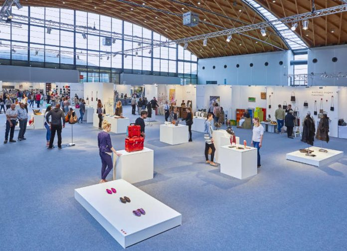 Das diesjährige Partnerland der EUNIQUE ist Italien. In einer Sonderschau werden die aktuellen Tendenzen der handwerklicher Traditionen italiens mit dem Schwerpunkt Keramiken präsentiert. (Foto: KMK / Jürgen Rösner)