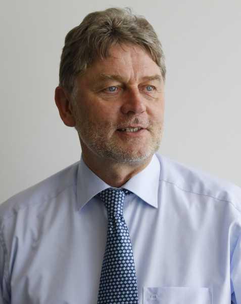 Prof. Dr. Eckhard Friauf. Foto. TU Kaiserslautern