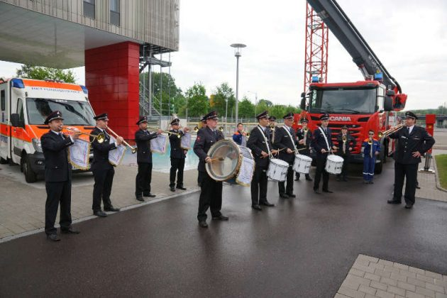 Der Fanfarenzug der FFW Karlsruhe Abt. Wolfartsweier (Foto: Holger Knecht)
