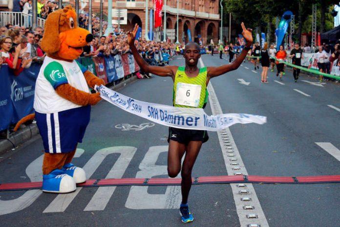Edwin Kosgei (Foto: PIX Sportfotos)