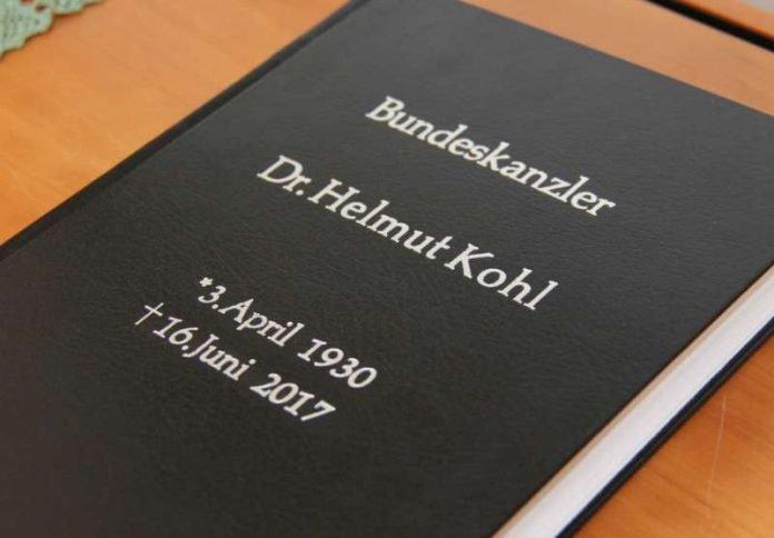 Kondolenzbuch (Foto: Bistum Speyer)