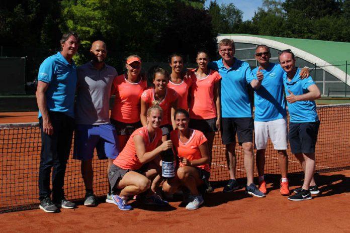 Bild von der Feier (Foto: BASF Tennisclub e.V.)