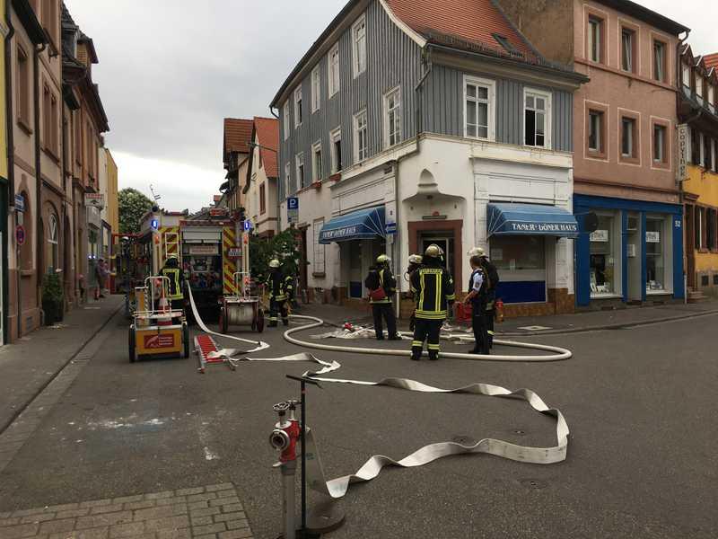 Eine durchtrennte Gasleitung erforderte den Einsatz der Feuerwehr
