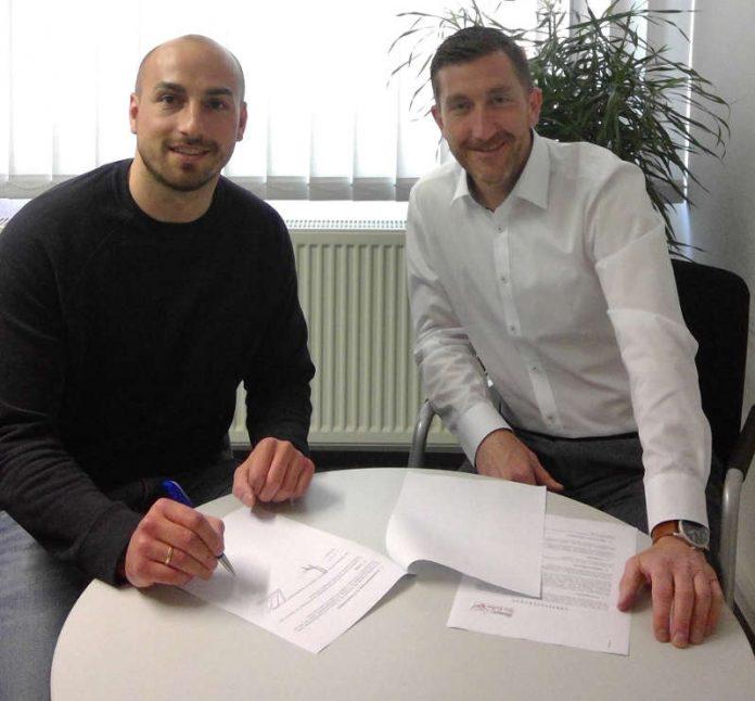 Frank Müller und TSG-Geschäftsführer Marcus Endlich (Foto: TSG Ludwigshafen-Friesenheim)