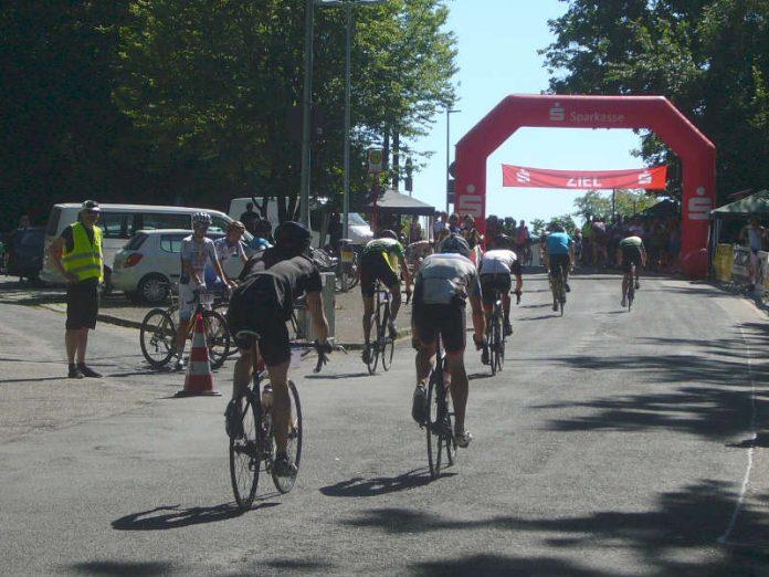 Das Turmbergrennen in Karlsruhe-Durlach 2017 (Foto: Hannes Blank)