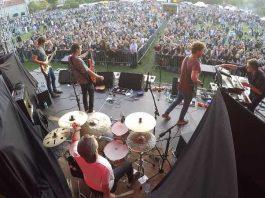 """Nachwuchsband WINK auf der Open Air Bühne in Gniezno beim """"Royal Arts Festival"""""""